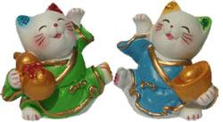 Кошка с поднятой лапой (Манеки-неко) - символ удачи, счастья, домашнего тепла, уюта и благополучия